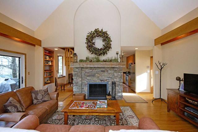 233 Blackrock Cir, Wintergreen Resort, VA 22967 (MLS #586215) :: Real Estate III