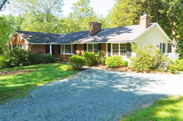 580 Bloomfield Rd, CHARLOTTESVILLE, VA 22903 (MLS #590452) :: Jamie White Real Estate