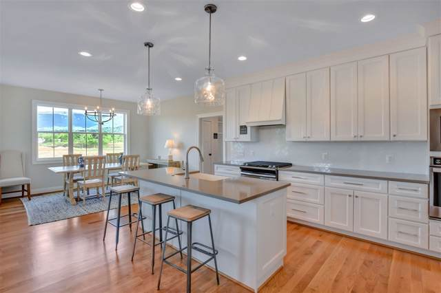 71 Saunders Hill Dr, Crozet, VA 22932 (MLS #594296) :: Jamie White Real Estate