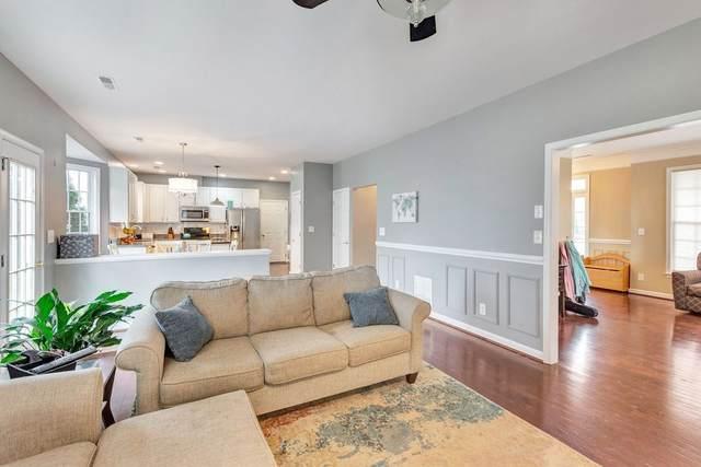 3383 Turnberry Cir, CHARLOTTESVILLE, VA 22911 (MLS #602156) :: Jamie White Real Estate