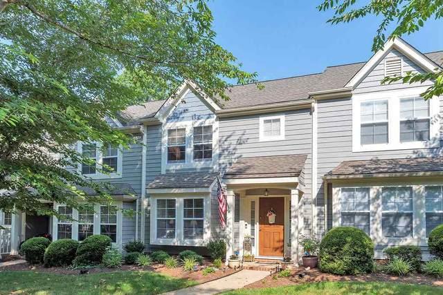 3256 Gateway Cir, CHARLOTTESVILLE, VA 22911 (MLS #605148) :: Jamie White Real Estate