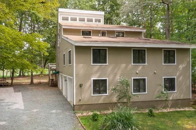 43 Oak Grove Rd, Palmyra, VA 22963 (MLS #608062) :: Jamie White Real Estate