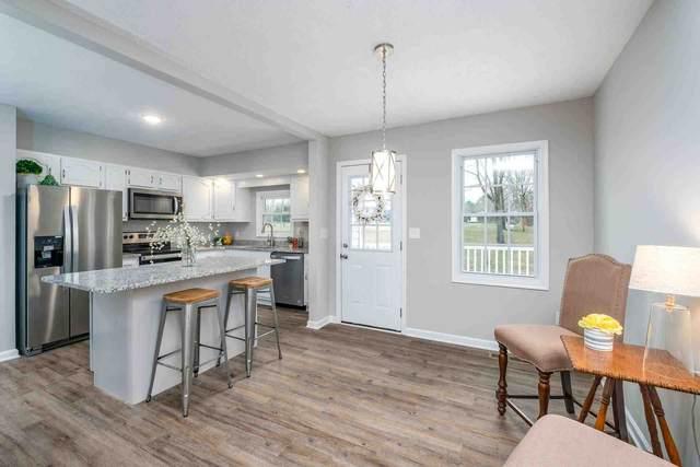 183 Howardsville Tpke, Stuarts Draft, VA 24477 (MLS #612480) :: KK Homes