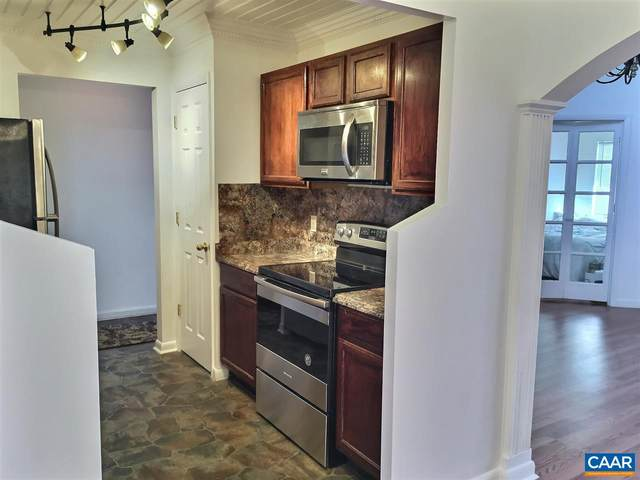 120-11 Turtle Creek Rd, CHARLOTTESVILLE, VA 22901 (MLS #612618) :: Jamie White Real Estate