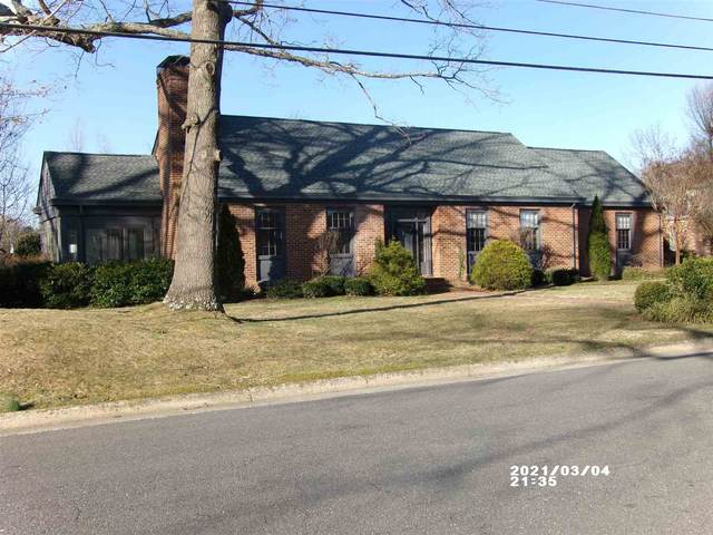 1055 Fairway Dr, WAYNESBORO, VA 22980 (MLS #614156) :: Jamie White Real Estate