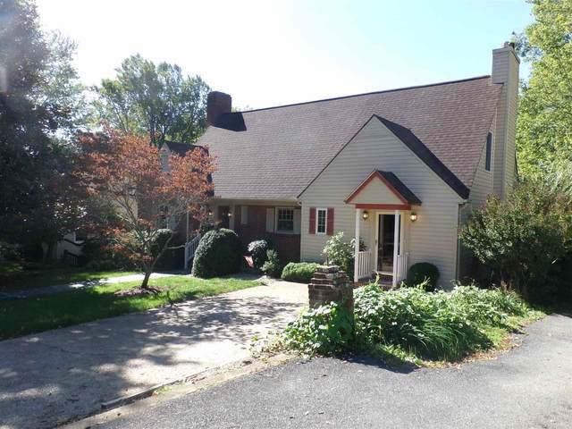 801 Oak Ave, WAYNESBORO, VA 22980 (MLS #621894) :: Kline & Co. Real Estate