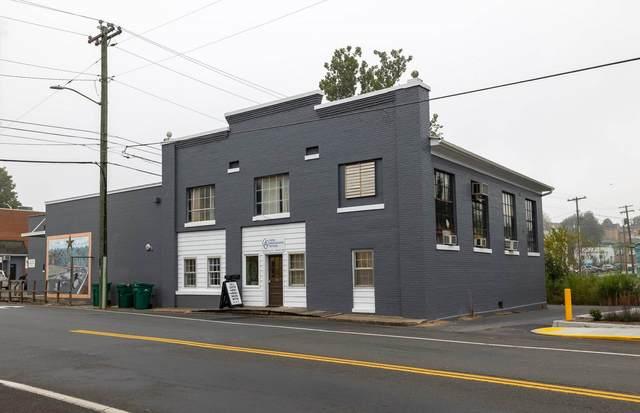 21 N Broad St, Luray, VA 22835 (MLS #623363) :: Kline & Co. Real Estate