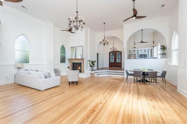 921 W Beverley St, STAUNTON, VA 24401 (MLS #620886) :: KK Homes