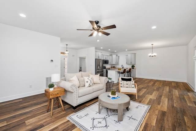 325 Laurel Wood Run, WAYNESBORO, VA 22980 (MLS #618029) :: KK Homes
