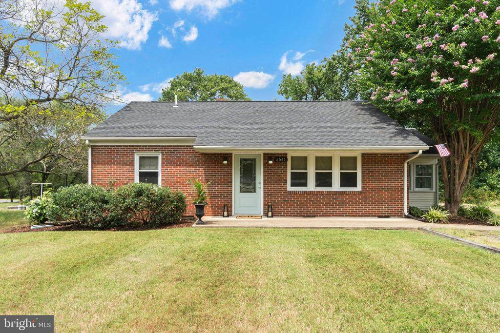 6541 Old Plank Rd - Photo 1