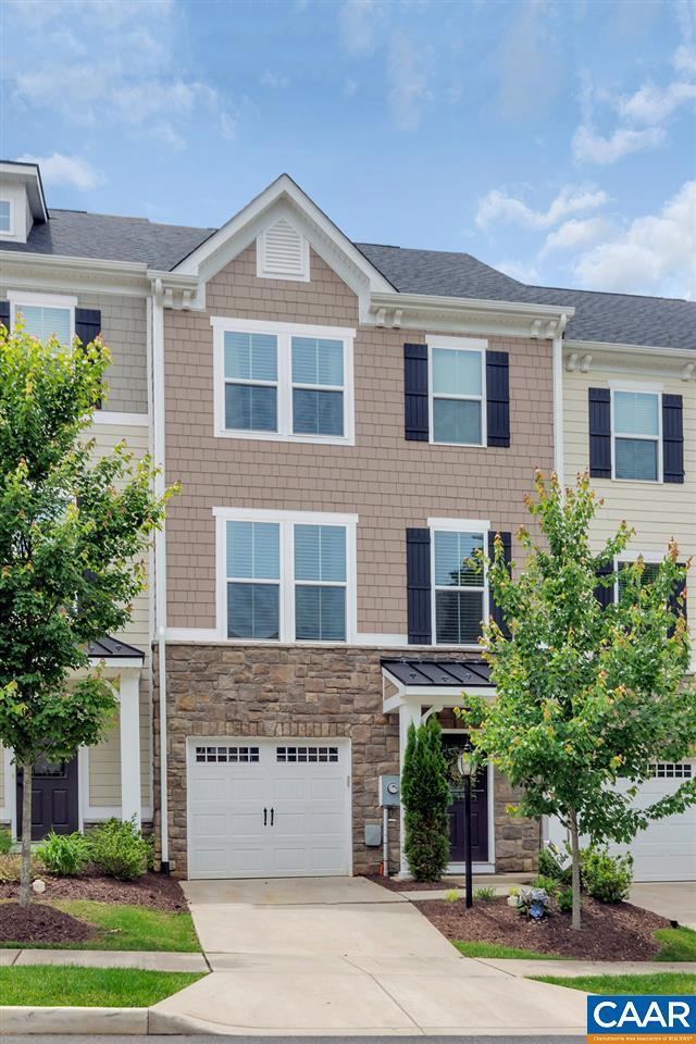 241 Pebble Beach Ct, CHARLOTTESVILLE, VA 22901 (MLS #577399) :: Strong Team REALTORS
