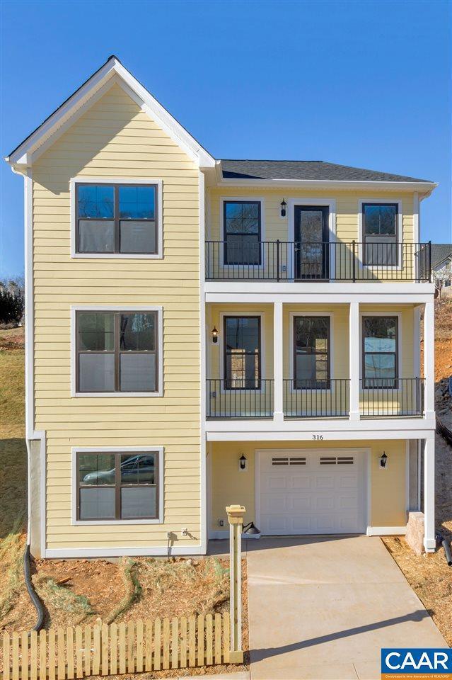 316 Huntley Ave, CHARLOTTESVILLE, VA 22902 (MLS #585092) :: Real Estate III