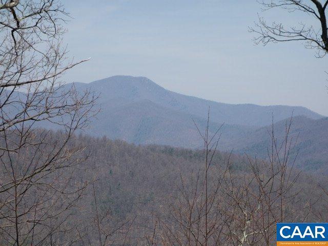 9 Mountain Top Dr, AMHERST, VA 24521 (MLS #585709) :: Real Estate III