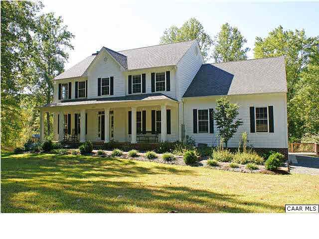 3285 Hardware River Rd, CHARLOTTESVILLE, VA 22903 (MLS #586578) :: Real Estate III