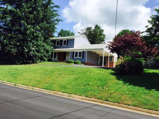 2702 Brookmere Rd, CHARLOTTESVILLE, VA 22902 (MLS #590329) :: Jamie White Real Estate