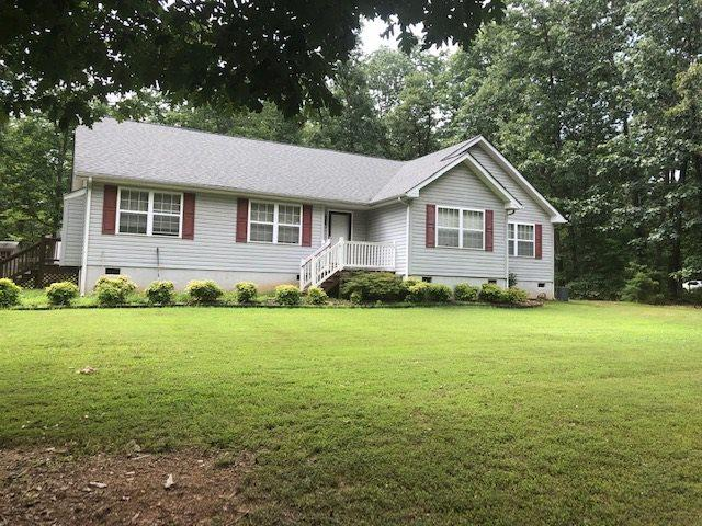 472 Shannon Glen Dr, LOUISA, VA 23093 (MLS #593053) :: Real Estate III