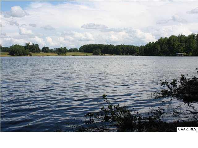 99 Acorn Dr, MINERAL, VA 23117 (MLS #593984) :: Real Estate III