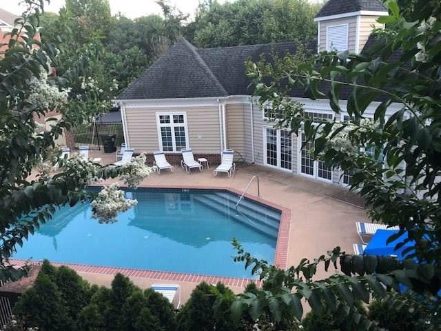 1051 Glenwood Station Ln #201, CHARLOTTESVILLE, VA 22901 (MLS #596186) :: Real Estate III
