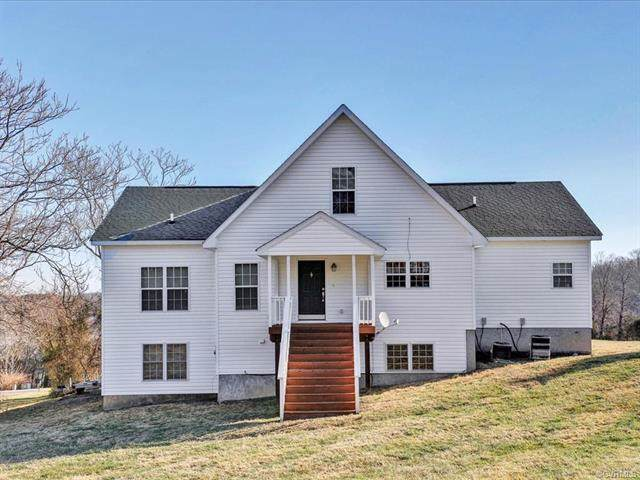 150 Stonewall Ct, MINERAL, VA 23117 (MLS #596830) :: Jamie White Real Estate