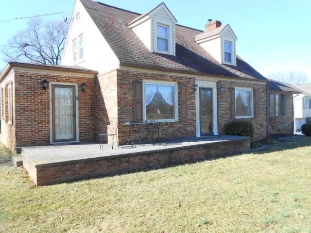 415 Williams Ave, Shenandoah, VA 22849 (MLS #599778) :: Jamie White Real Estate