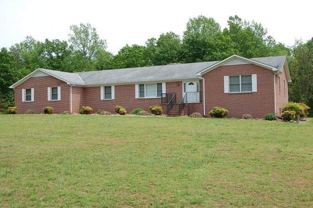 1272 Tuggle Rd, FARMVILLE, VA 23901 (MLS #600310) :: Real Estate III