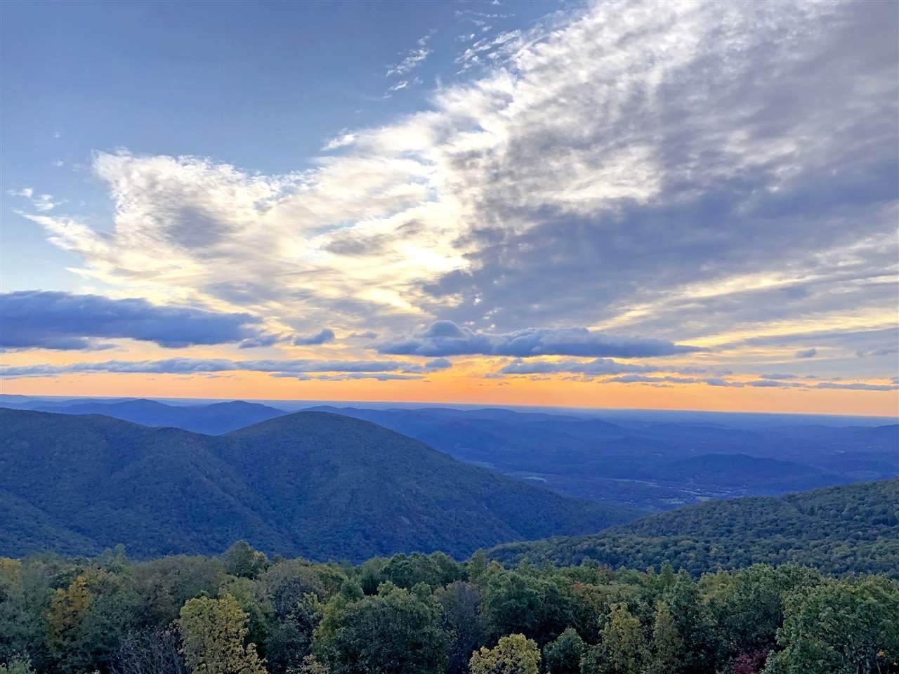 1829 High Ridge Ct Condos - Photo 1