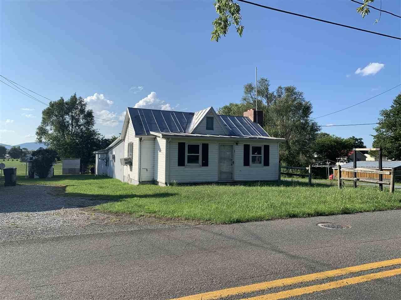 320 Honeyville Ave - Photo 1