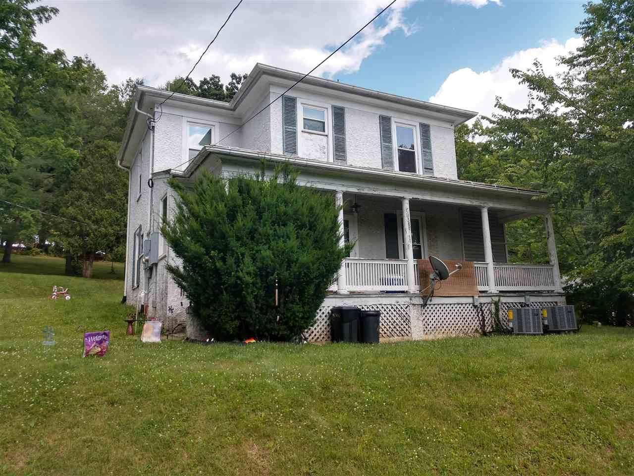 1505 Churchville Ave - Photo 1