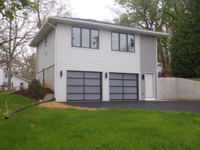 4316 Hilltop Rd, ROCKINGHAM, VA 22801 (MLS #609659) :: Jamie White Real Estate