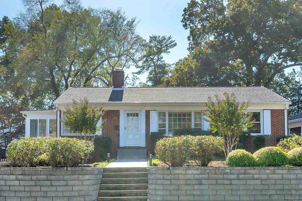 432 Moseley Dr - Photo 1