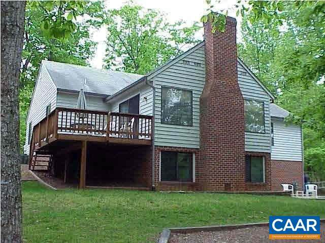 176 Jefferson Dr, Palmyra, VA 22963 (MLS #612504) :: Jamie White Real Estate