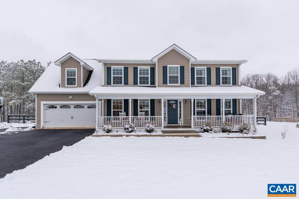 370 Rosewood Dr - Photo 1