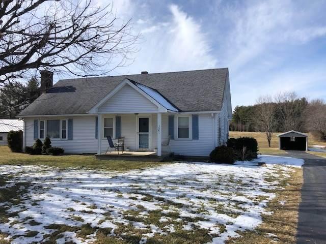 1351 Mt Torrey Rd, Lyndhurst, VA 22952 (MLS #613670) :: Jamie White Real Estate