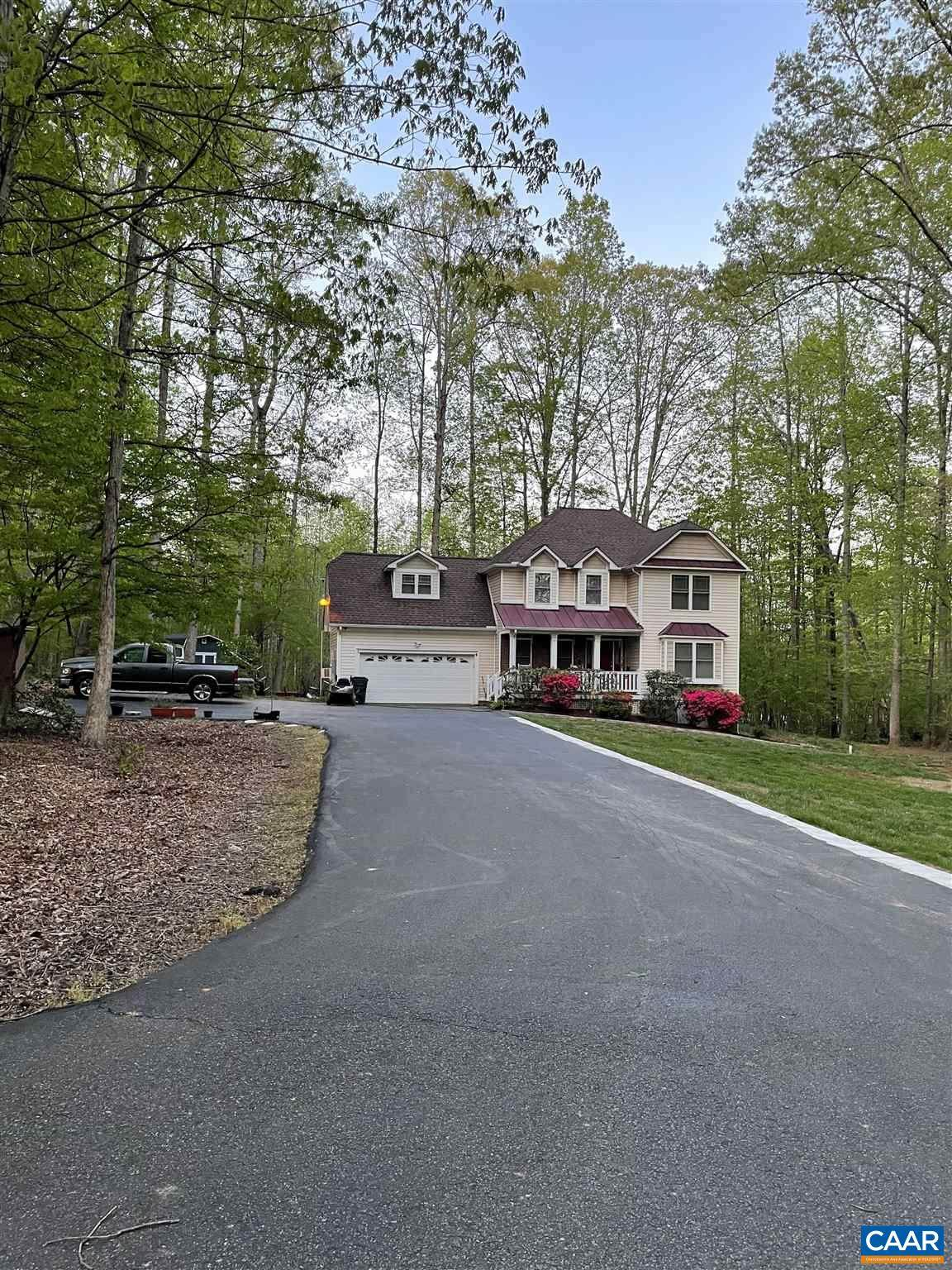 6444 Spring Hill Rd - Photo 1
