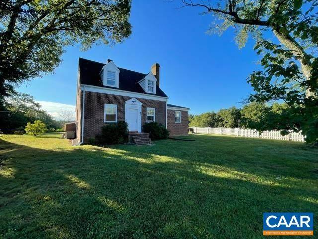 16054 Pickett Rd, GORDONSVILLE, VA 22942 (MLS #622511) :: Jamie White Real Estate