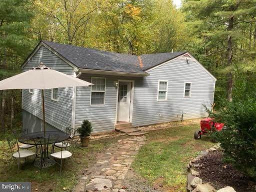 115 S Circle Rd, STANARDSVILLE, VA 22973 (MLS #38632) :: Kline & Co. Real Estate
