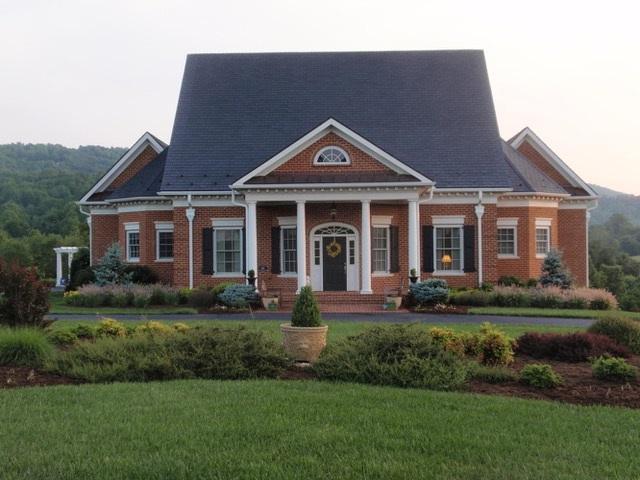 3495 Rocks Mill Ln, CHARLOTTESVILLE, VA 22903 (MLS #587767) :: Real Estate III