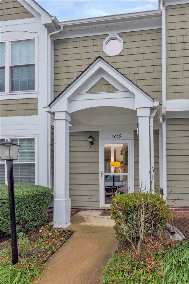 1289 Clifden Greene, CHARLOTTESVILLE, VA 22901 (MLS #598275) :: Real Estate III