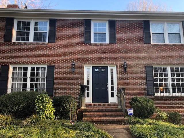 208 Surrey Rd, CHARLOTTESVILLE, VA 22901 (MLS #599393) :: Jamie White Real Estate