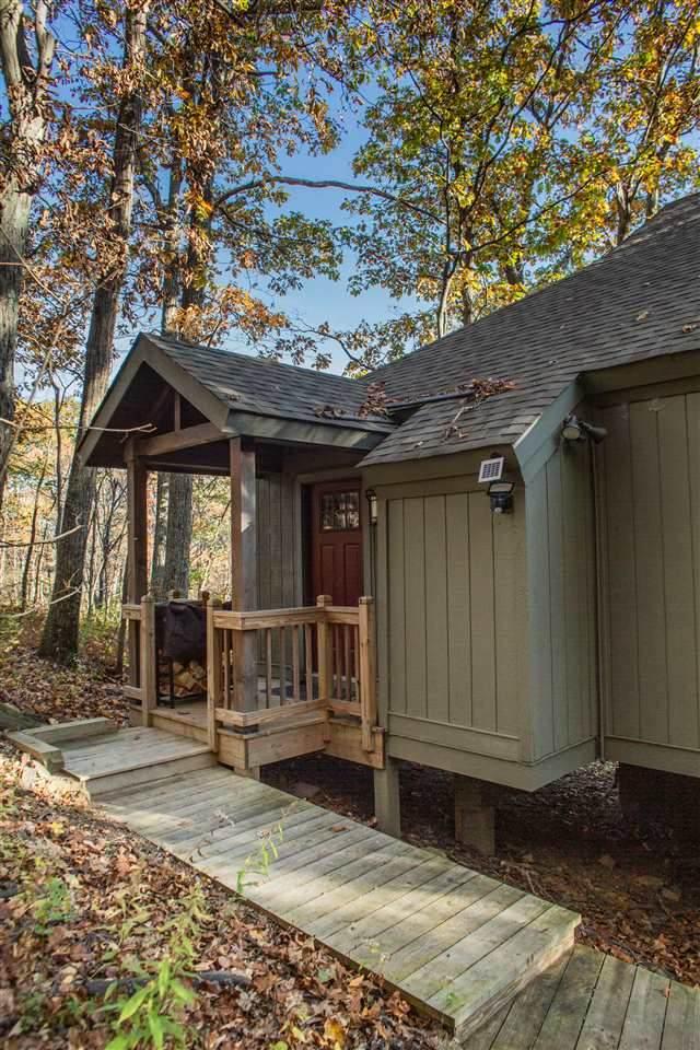 138 Squirrel Tree Ln, Wintergreen Resort, VA 22967 (MLS #609837) :: KK Homes
