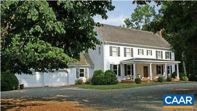 1035 Rustling Oaks Dr, CHARLOTTESVILLE, VA 22901 (MLS #614704) :: Real Estate III