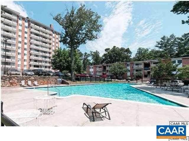 1800 Jefferson Park Ave #115, CHARLOTTESVILLE, VA 22903 (MLS #616007) :: Real Estate III