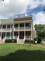 712 Laurel Street - Photo 2