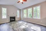 23131 Travers Street - Photo 16