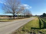 3344 Meadow Circle - Photo 14