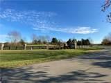 3344 Meadow Circle - Photo 15