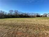 3344 Meadow Circle - Photo 4