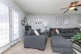 3813 Pillow Bluff Lane - Photo 4