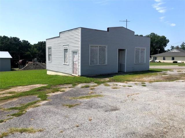 621 Church Street, Blackstone, VA 23824 (#1832607) :: Abbitt Realty Co.