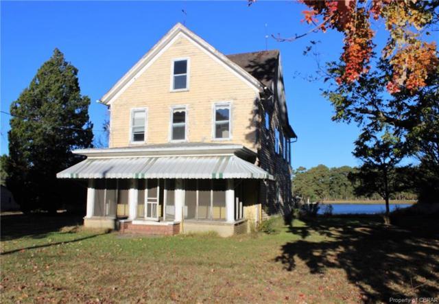 603 Horn Harbor Avenue, New Point, VA 23138 (#1832944) :: Abbitt Realty Co.